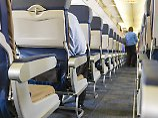 Umfrage unter Reisenden: Flugzeug-Knigge: Was die Deutschen nervt