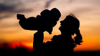 """""""Ich brauche kein Frühstück ans Bett"""": Mütter und Väter posten ihre wahren Wünsche"""
