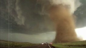 """Gewaltige Zerstörungskraft: Sturmjäger filmen """"unglaublichsten"""" Tornado"""