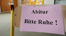 Zu wenig Zeit für Mathe-Prüfung: Niedersachsen verbessert Abi-Noten