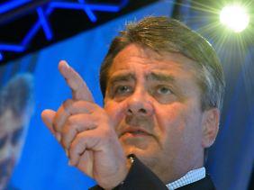 Gabriel bezeichnete Bundesaußenminister Frank-Walter Steinmeier (SPD) als guten Kandidaten.