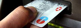 Skimmer hat totale Kontrolle: Malware macht Bankautomaten zu Zombies