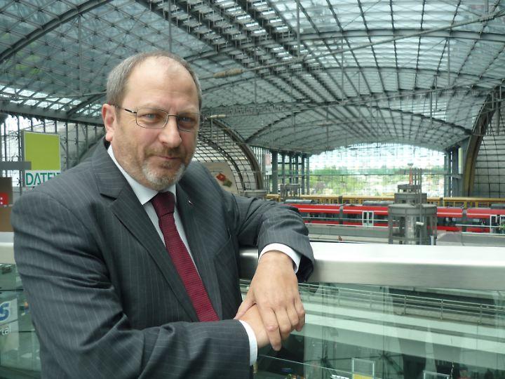 Thomas Hesse leitet das Bahnhofsmanagement.