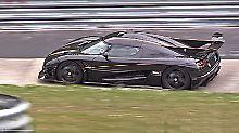 Auf der Nordschleife dreht der Koenigsegg One:1 seine Runden.