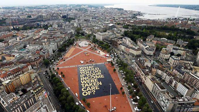 Die Schweiz ist das erste Land der Welt, das demnächst über die Einführung eines bedingungslosen Grundeinkommens abstimmen wird.