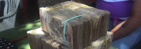 Banknoten werden eingeflogen: Venezuela fehlt Geld zum Geld drucken