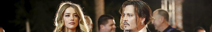 Der Tag: 6:52 Johnny Depp lässt sich scheiden