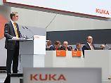 Vorstandschef Till Reuter sieht Vorteile bei einem Deal.
