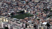 Blick auf ein Armenviertel in Rio de Janeiro.
