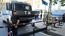 Anti-deutsche Proteste in Istanbul: Polizei schützt Konsulat mit Wasserwerfern