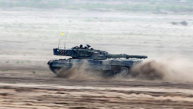 Der weltweit größte Importeur von Waffen und Ausrüstung bleibt Saudi-Arabien.