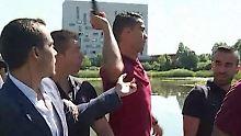 Dünnes Nervenkostüm bei der EM: Cristiano Ronaldo wirft Mikrofon eines Reporters in den Teich