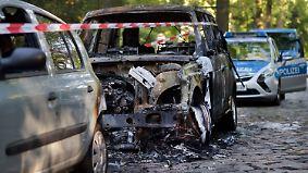 Nach Polizeieinsatz in besetztem Haus: Jede Nacht brennen in Berlin Autos