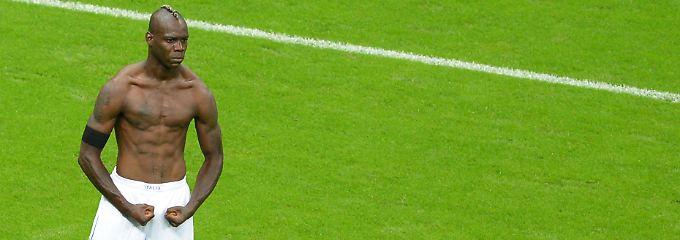 Besiegte die Deutschen bei der EM 2012 in Warschau fast im Alleingang: Doppeltorschütze Mario Balotelli.