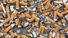 Ob der Weg zum Rauchereck geräumt werden muss, blieb offen.