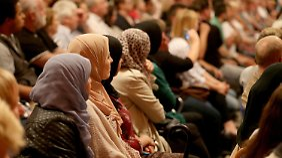 Gratis-Grundstücke für islamische Gemeinde: Monheimer Bürger diskutieren über Moschee-Pläne