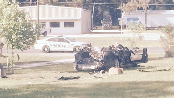 Der tödlich verunglückte Fahrer war an einer Kreuzung in Florida ungebremst in einen Lkw gerast.