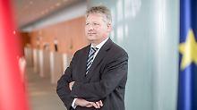 """""""Immer die Wahrheit sagen"""": Ströbele appelliert an neuen BND-Chef"""