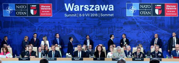 """""""Damit kann man Flughafen sichern"""": Nato entsendet 4000 Soldaten nach Polen und ins Baltikum"""