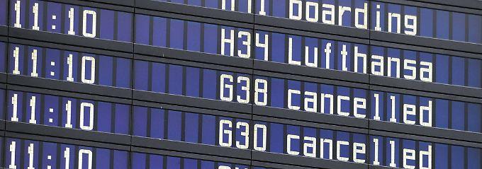 Laut EU-Fluggastrechte-Verordnung haben Reisende dann einen Anspruch auf Entschädigungen, wenn die Airline für Verspätungen, Umbuchungen und Flugausfälle verantwortlich ist.