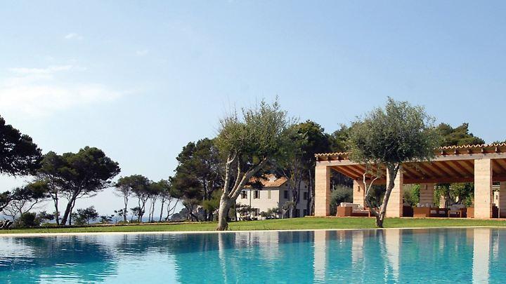 Wer hochpreise Hotels sucht, findet auf Mallorca genügend. Es bleibt eigentlich nur die Qual der Wahl.