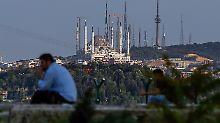 Der Westen betrachtet das Geschehen in der Türkei mit Sorge.