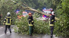 Nächste Gewitterfront bereits im Anmarsch: Unwetter richten Schäden im Westen an
