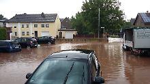 Überschwemmungen und Schlammlawinen: Unwetter wüten in mehreren Bundesländern