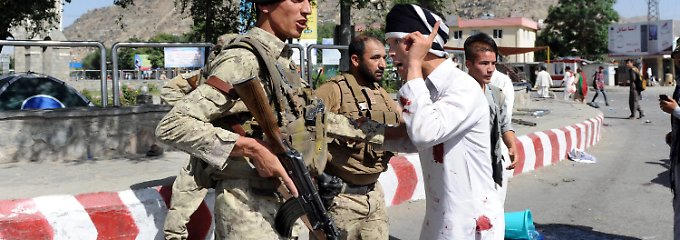 IS soll sich bekannt haben: Dutzende sterben bei Anschlag in Kabul
