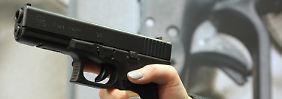 Der Täter benutzte eine halbautomatische Glock 17, die hier auf einer Waffenmesse präsentiert wird.