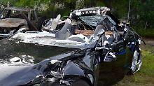 Ermittlung nach tödlichem LKW-Crash: Tesla-Unfallauto fuhr schneller als erlaubt