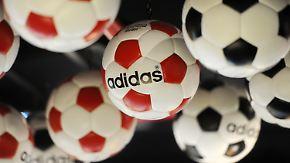 Rekordgewinn angepeilt: EM-Welle trägt Adidas in luftige Höhen