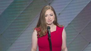 """""""Scharfer Blick für Gerechtigkeit"""": Chelsea Clinton hält Lobrede auf ihre Mutter Hillary"""