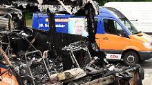 Sechs Wochen vor Berliner Wahl: Brandstifter zünden CDU-Wahlkampfmobil an