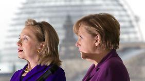 """Negativbeispiel Deutschland?: Trump bezeichnet Clinton als """"Amerikas Angela Merkel"""""""