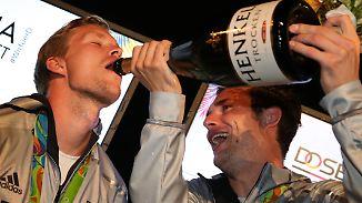"""""""Feierbiester"""" schlagen wieder zu: Hockey-Herren feiern Bronze-Medaille in Rio"""