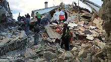 Amatrice zur Hälfte zerstört: Heftige Erdstöße lassen Zentralitalien beben
