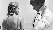 Badeanzug, Bikini, Burkini: Uralter Zoff um züchtige Bademode