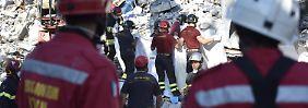 Nonne wird Symbol der Hoffnung: Hunderte Nachbeben erschweren die Suche nach Verschütteten
