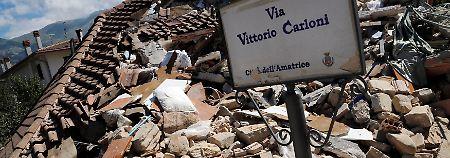 Notstand im Erdbebengebiet: Italien beweint seine Toten