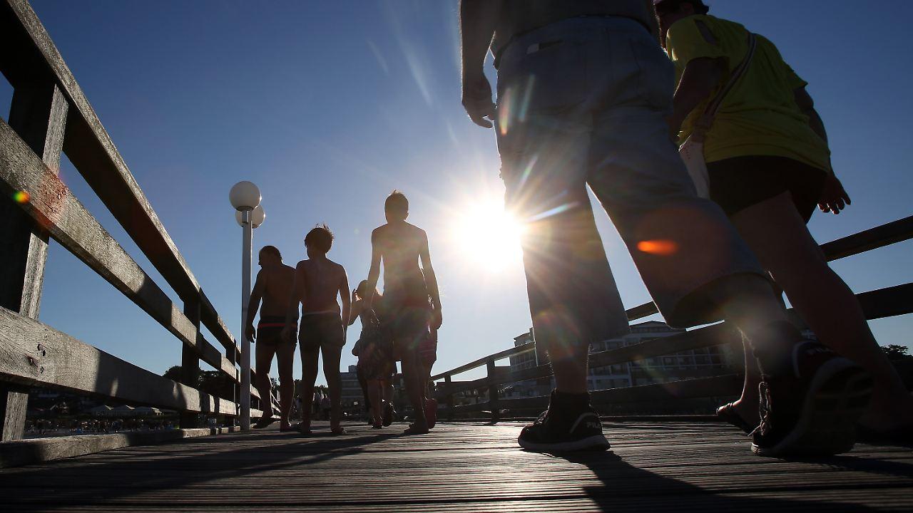 Wie wird das Wetter?: Schwüle Hitze lässt Unwettergefahr steigen ...
