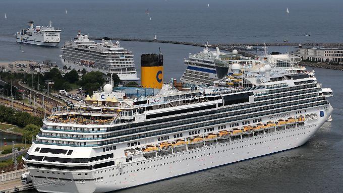 Nach Meinung des Naturschutzbundes informieren die Reedereien nicht genügend über die Umweltauswirkungen der Schiffe.
