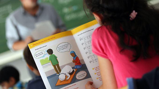 In einer Bonner Grundschule gehört der islamische Religionsunterricht seit 2012 zum Alltag.