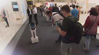 Haushaltshilfe und Alleskönner: Roboter weisen IFA-Besuchern den Weg in die Zukunft