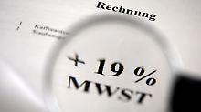 14 Prozent Mehrwertsteuer?: Regierung prüft angeblich Steuersenkung