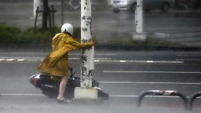 Ganze Städte evakuiert: Ausnahme-Taifun trifft auf Südchina