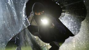 Rund 460 Fälle pro Tag: Maas fordert höhere Strafen für Einbrecher