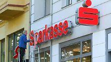 Explosion bei Kontogebühren: Berliner Sparkasse lässt es krachen