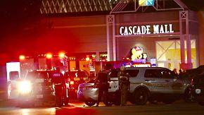 Fünf Menschen sterben: Mann schießt in US-Einkaufszentrum willkürlich um sich