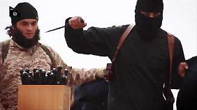 Der IS beauftragt Produktionsfirmen, die ihre Gräueltaten filmen.